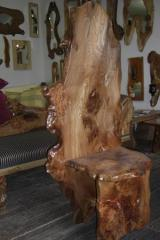 Featured : Elm Wizard Chair